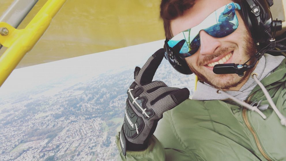 Pilot thanks kayakers who rescued him from small plane crash thumbnail