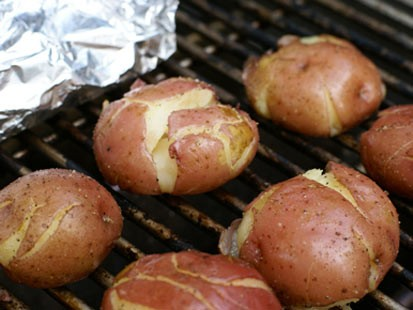 PHOTO:Erin Chase grills red potatoes for Good Morning Americas Fathers Day menu.