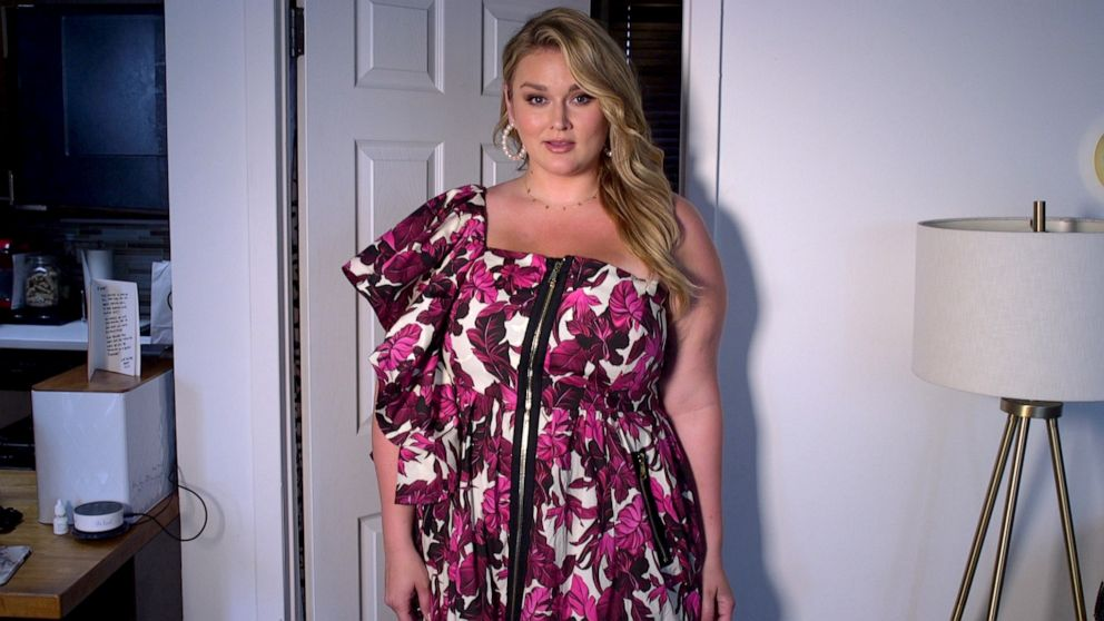 PHOTO: Hunter McGrady prepares for New York Fashion Week.