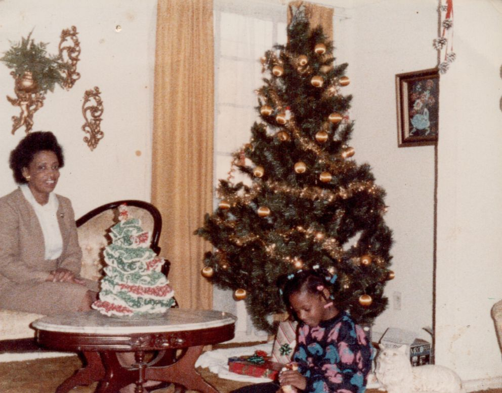 PHOTO: Author Sarah M. Broom is pictured here with her mother in Christmas 1986.