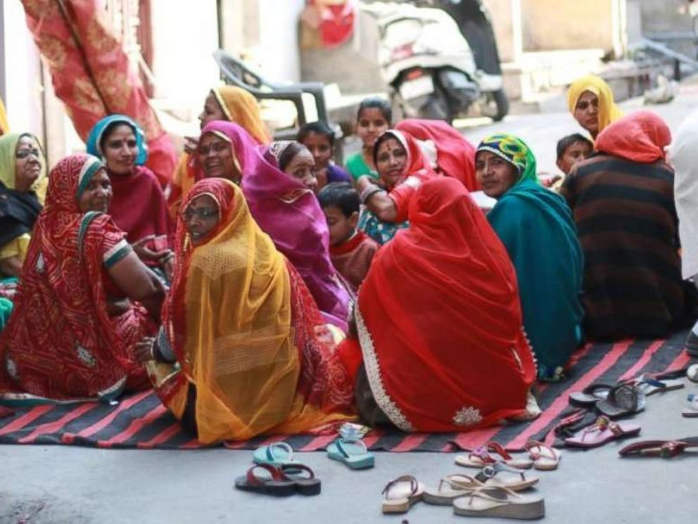 PHOTO: Rajasthani women gather on the street for chai.