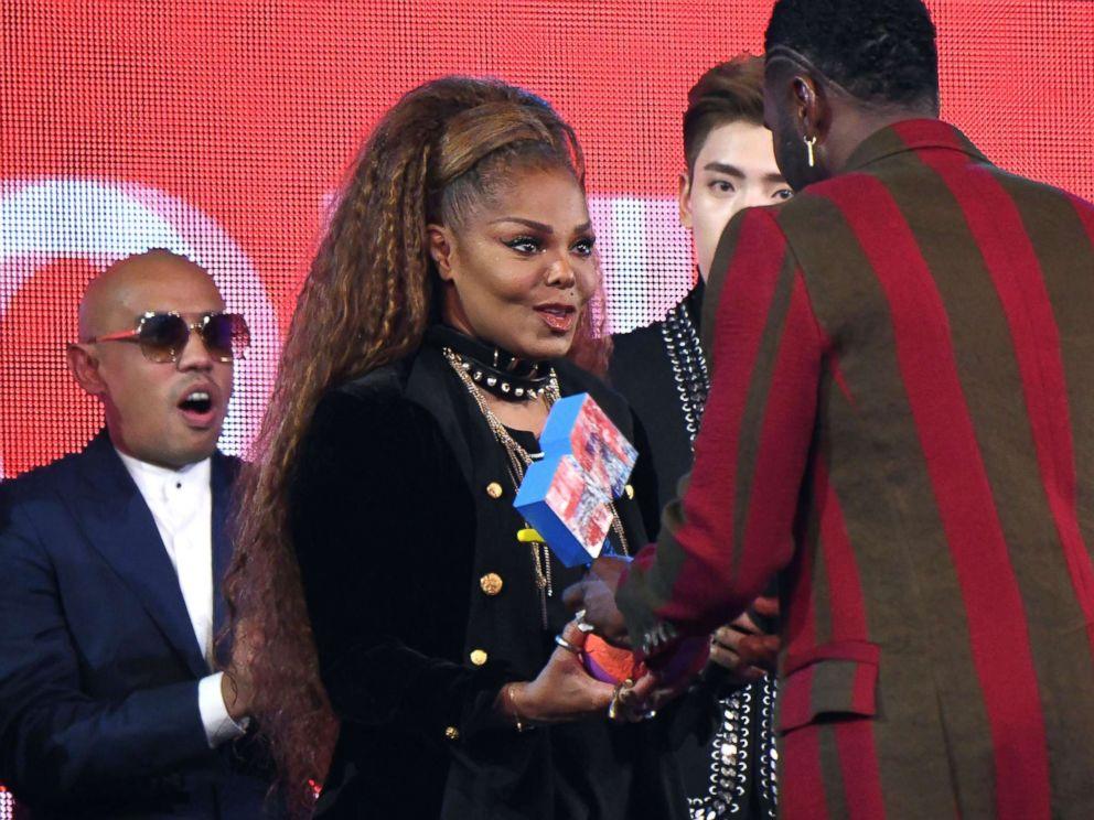 PHOTO: Singer Janet Jackson receives 2018 Global Icon Award in 2018 MTV Europe Music Awards were held at Bilbao Exhibition Center, Bilbao, Spain, November 4, 2018.