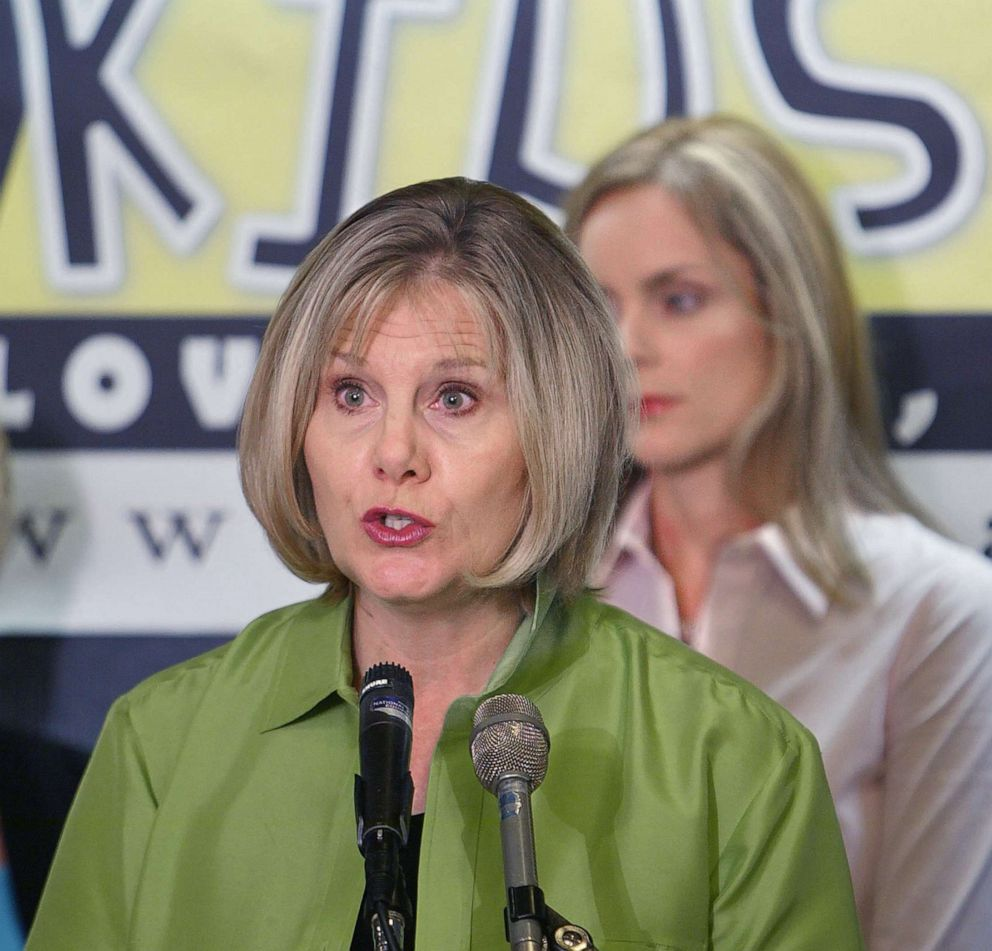 PHOTO: Janette Fennell, president of KIDS AND CARS, talks to reporters at the National Press Club in Washington, D.C., Aug. 19, 2003.