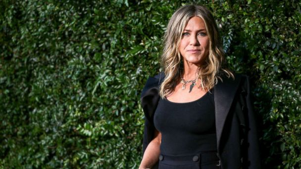 Work out like Jennifer Aniston with these 10 moves from her boxing trainer