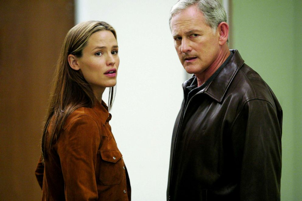 PHOTO: Jennifer Garner and Victor Garber in a scene from Alias.