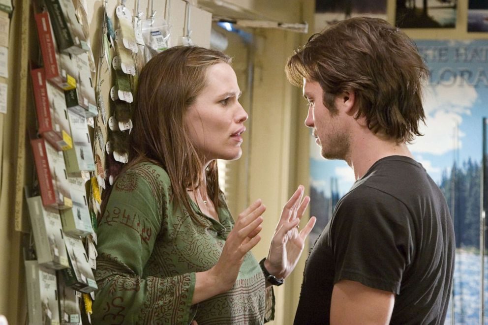 PHOTO: Timothy Olyphant and Jennifer Garner appear in the 2006 Sony Pictures film, Catch and Release.
