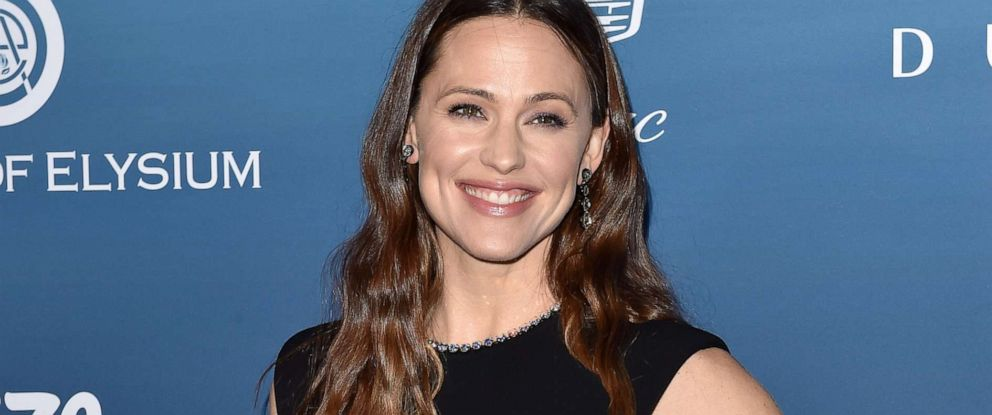 PHOTO: Jennifer Garner attends The Art of Elysiums 12th annual celebration, Jan. 5, 2019, in Los Angeles.