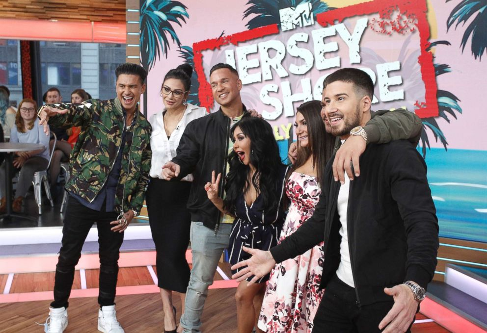 PHOTO: The cast of Jersey Shore mike an appearance on ABCs Good Morning America, March 27, 2018. Left to right are Paul DelVecchio Jr., Jennifer Farley, Mike Sorrentino, Nicole Polizzi, Deena Nicole Cortese, Ronnie Ortiz Magro and Vinny Guadagnino.