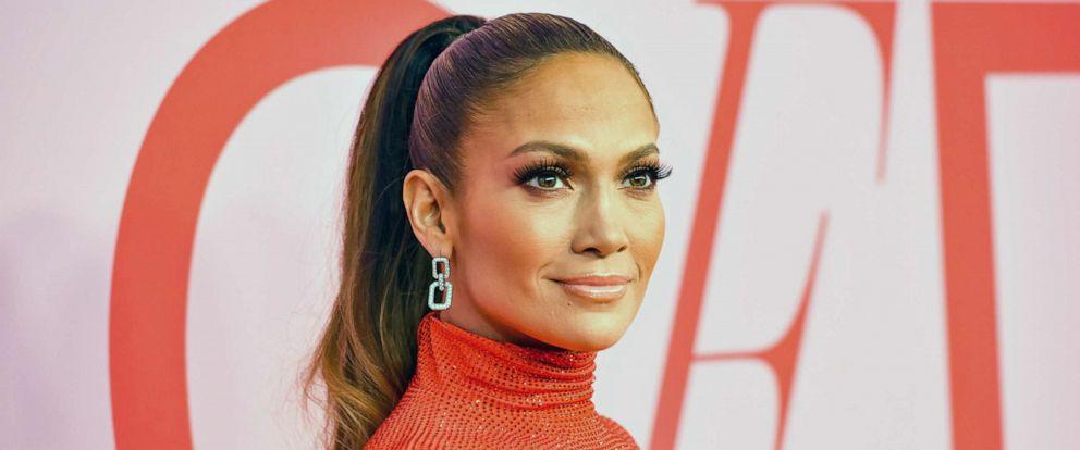 Jennifer Lopez celebrates Bronx roots as she receives Fashion Icon