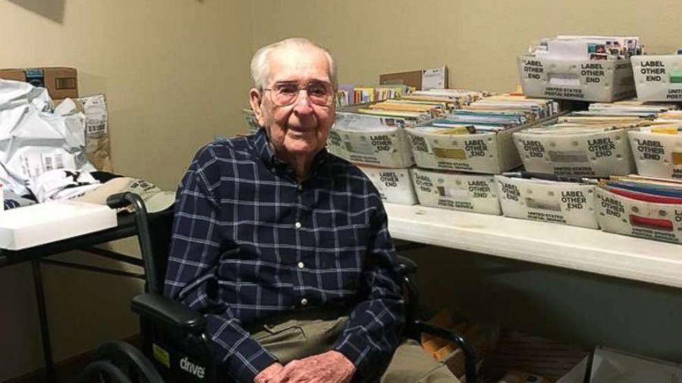 WWII Veteran Asks For 100 Cards His 100th Birthday And Gets Thousands