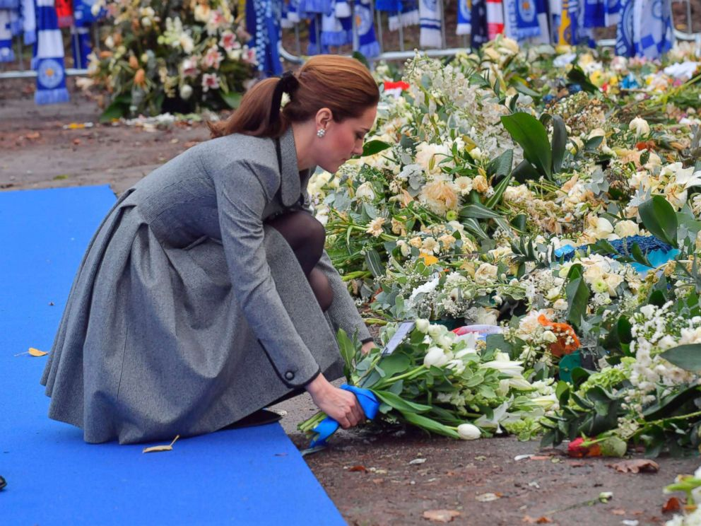 PHOTO: Kate, Duchess of Cambridge lays a wreath during a visit to pay tribute to those who were killed in an helicopter crash at Leicester City Football Clubs King Power Stadium in Leicester, England, Nov. 28, 2018.