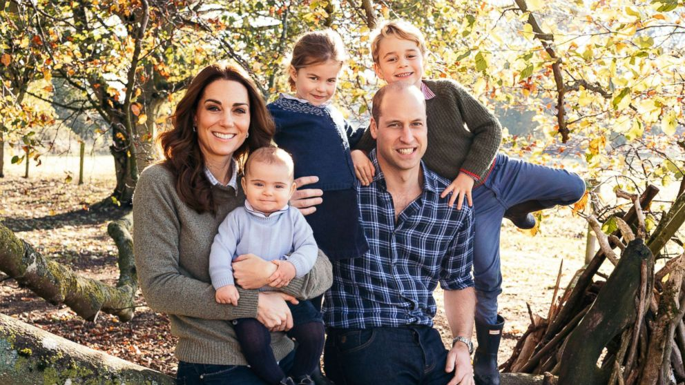 Royals' Christmas card photos show adorable Louis, new pic from Meghan and Harry