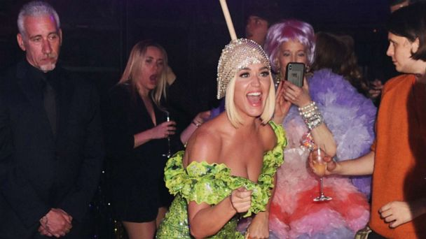 After chandelier dress, Katy Perry 'Roars' in hamburger outfit at 2019 Met Gala