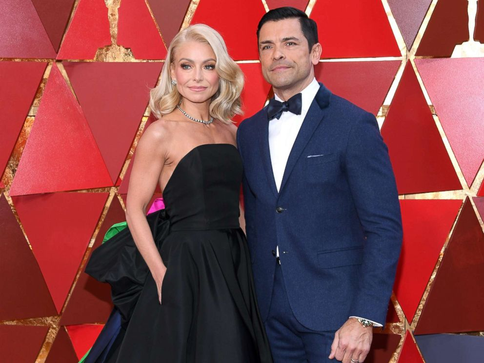 PHOTO: Kelly Ripa and Mark Consuelos attend the 90th Annual Academy Awards at Hollywood & Highland Center, March 4, 2018, in Hollywood, Calif.