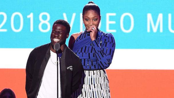 MTV VMAs 2018 recap: Jennifer Lopez wows, Cardi B talks motherhood and Logic gets political