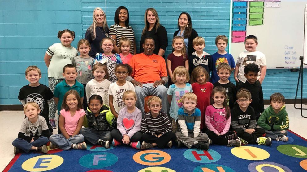 Janitor Moved To Tears After Kindergartners Sing Happy Birthday To