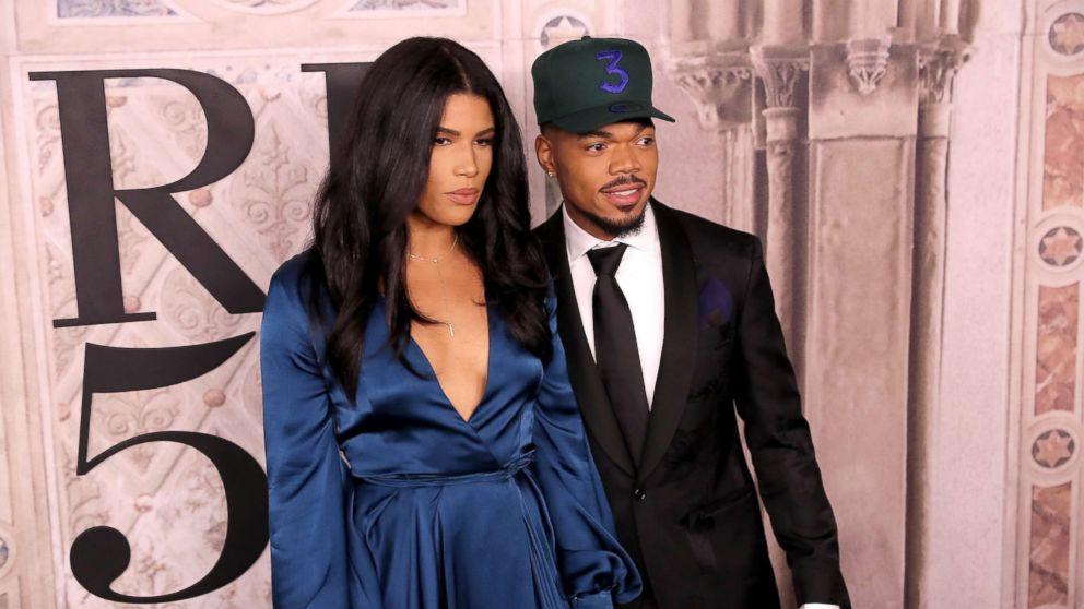 Kirsten Corley和Chance the Rapper将于2018年9月7日在纽约Bethesda Terrace的纽约时装周期间参加Ralph Lauren时装秀。