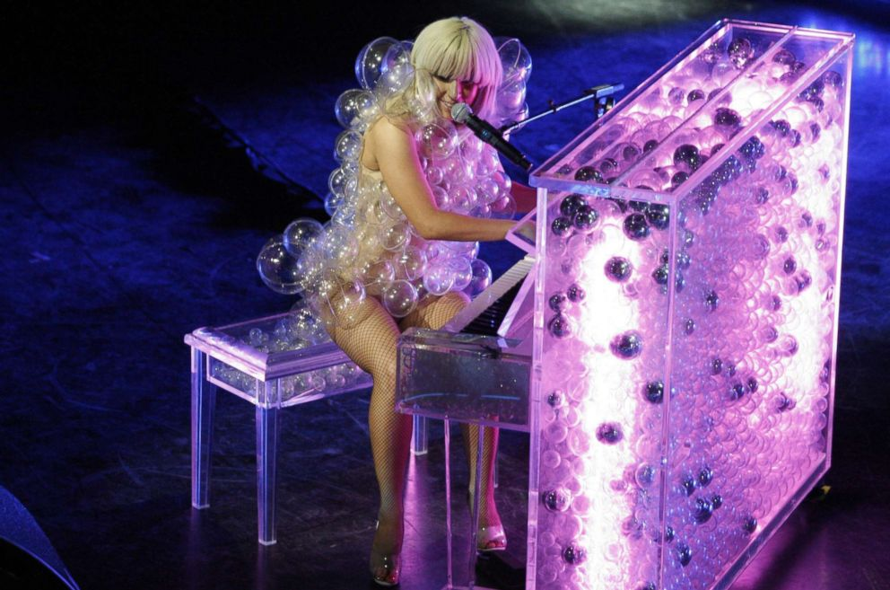 PHOTO: Lady Gaga performs at the House of Blues in Boston, May 4, 2009.