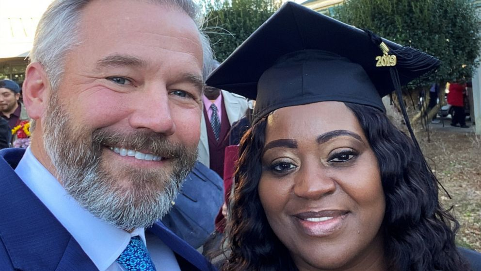 Uber driver earns college degree thanks to nearly $700 in help from passenger