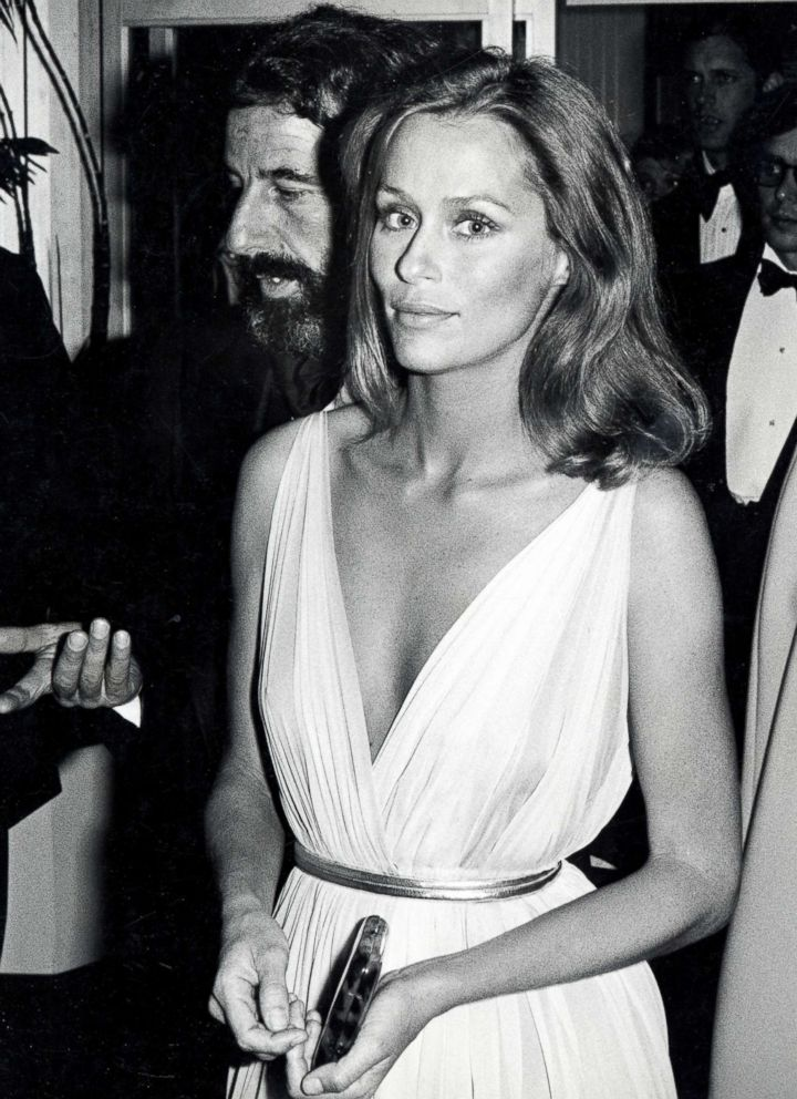 Lauren Hutton attends the 47th annual Academy Awards, April 8, 1975.