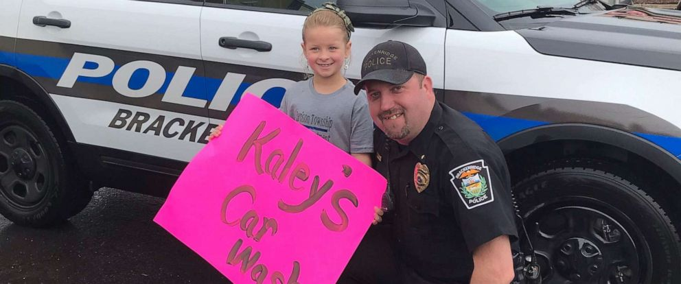 PHOTO: 6-year-old Kaley Bastine works to fundraise so her local police can buy a K9.