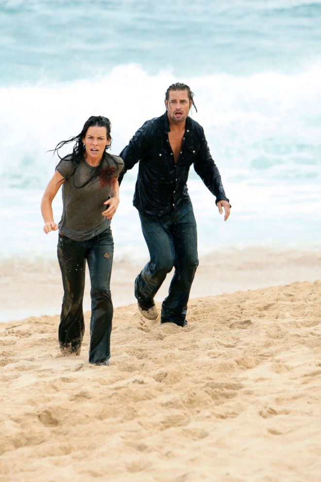 PHOTO: Evangeline Lilly and Josh Holloway in a scene from Lost.