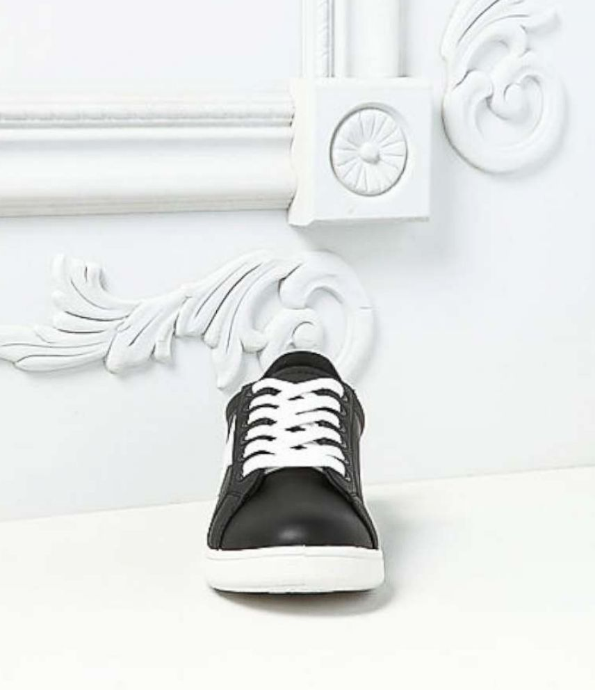 PHOTO: Black Faux Leather Star Sneakers