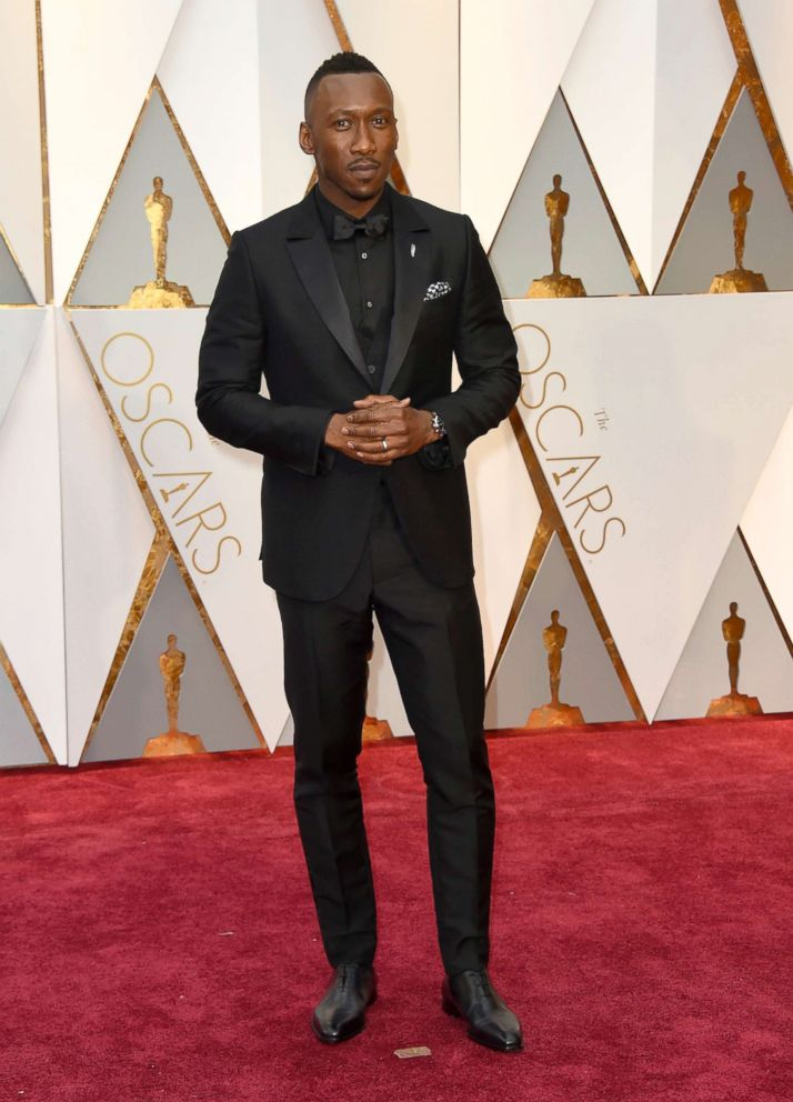 PHOTO: Mahershala Ali arrives at the Oscars, Feb. 26, 2017, at the Dolby Theatre in Los Angeles.