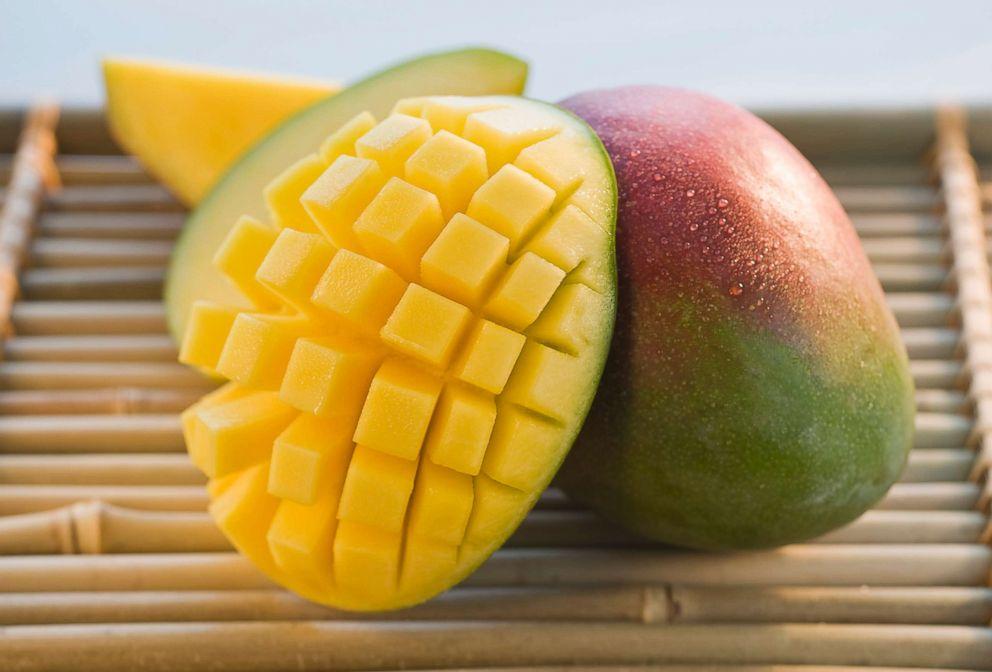 PHOTO: Mango