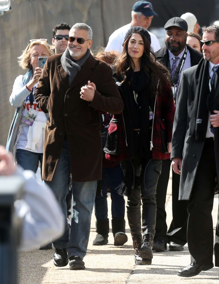 PHOTO: George Clooney and Amal Clooney attend the March for Our Lives protest in Washington, D.C., March 24, 2018.