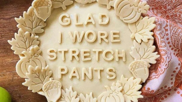 Reese Witherspoon's 'glad I wore stretch pants' pie is the best part of Thanksgiving so far