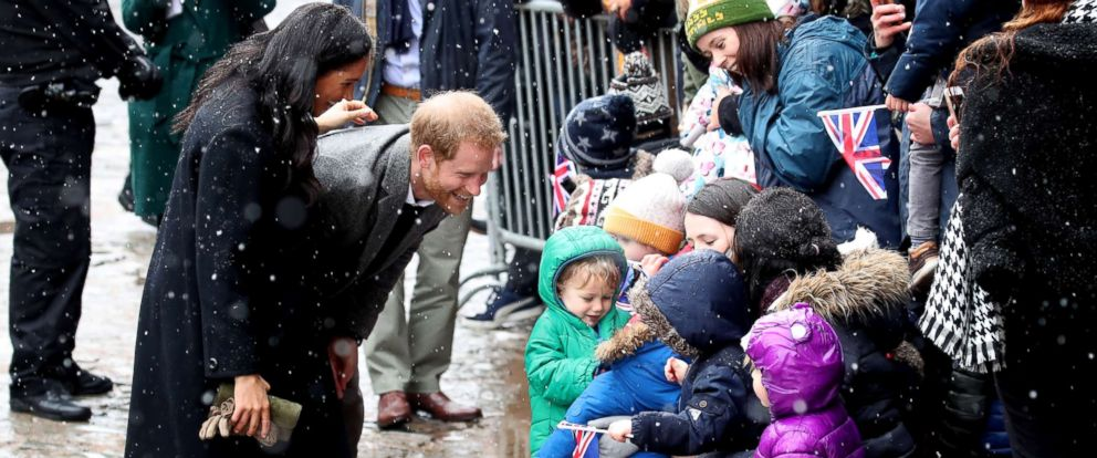 PHOTO: Meghan, Duchess of Sussex and Prince Harry, Duke of Sussex meet children in the crowd as they arrive at the Bristol Old Vic, Feb. 1, 2019, in Bristol, England.