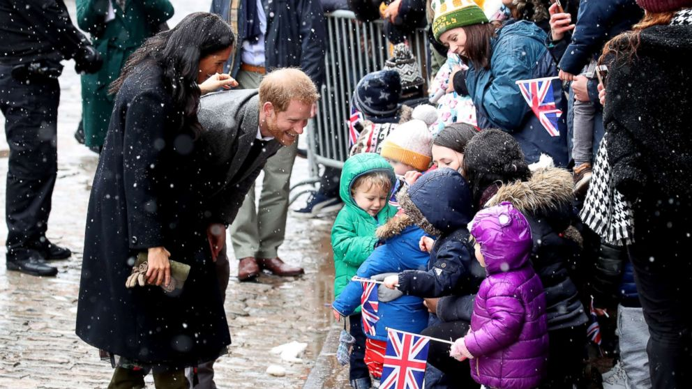 Prince Harry Meghan Markle Step Out In Snowy Winter Wonderland