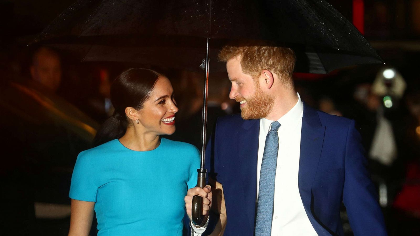 prince harry and duchess meghan are financially independent repay 3m frogmore cottage home renovation costs gma prince harry and duchess meghan are