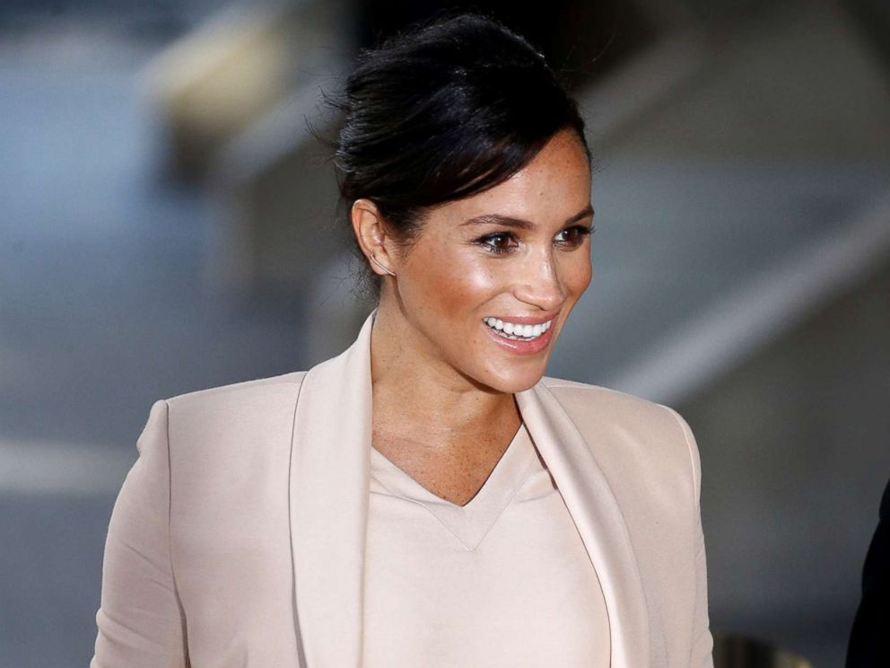 PHOTO: Meghan, Duchess of Sussex arrives at the National Theatre in London, Jan. 30, 2019.