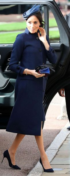 meghan markle s maternity style a month by month look gma meghan markle s maternity style a