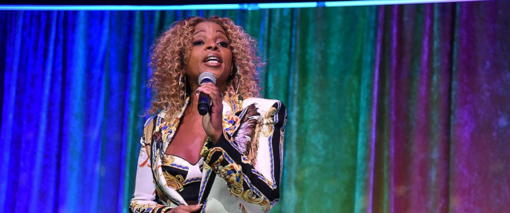 PHOTO: Mary J. Blige performs Oct. 15, 2018 in New York City.