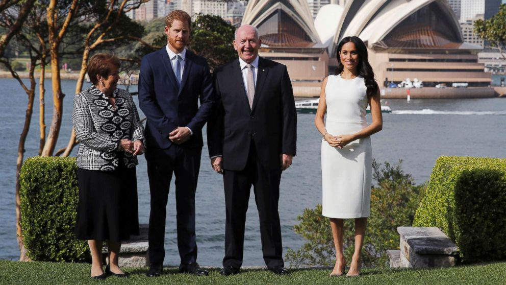 Meghan Markle and Prince Harry play with koalas on 1st day of Australia tour aft...