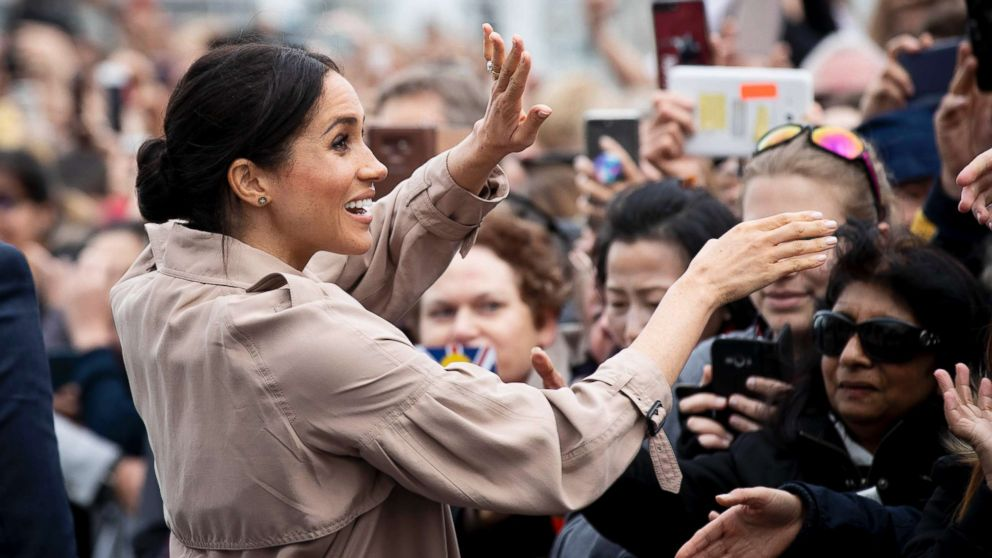 Meghan, Duchess of Sussex meets fans during a public walk along Auckland's Viaduct Harbour on Oct. 30, 2018 in Auckland, New Zealand.