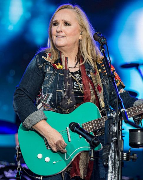 The 59-year old daughter of father (?) and mother(?) Melissa Etheridge in 2021 photo. Melissa Etheridge earned a  million dollar salary - leaving the net worth at  million in 2021