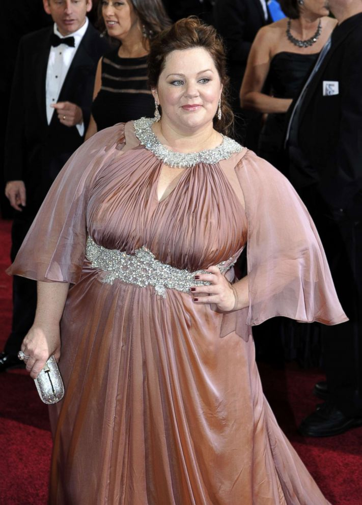 PHOTO: Actress Melissa McCarthy arrives at the 84th annual Academy Awards at the Hollywood and Highland Center in Hollywood, Feb. 26, 2012.