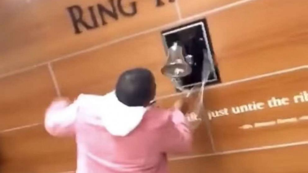 Mom of 5 joyfully rings bell after learning she's cancer-free