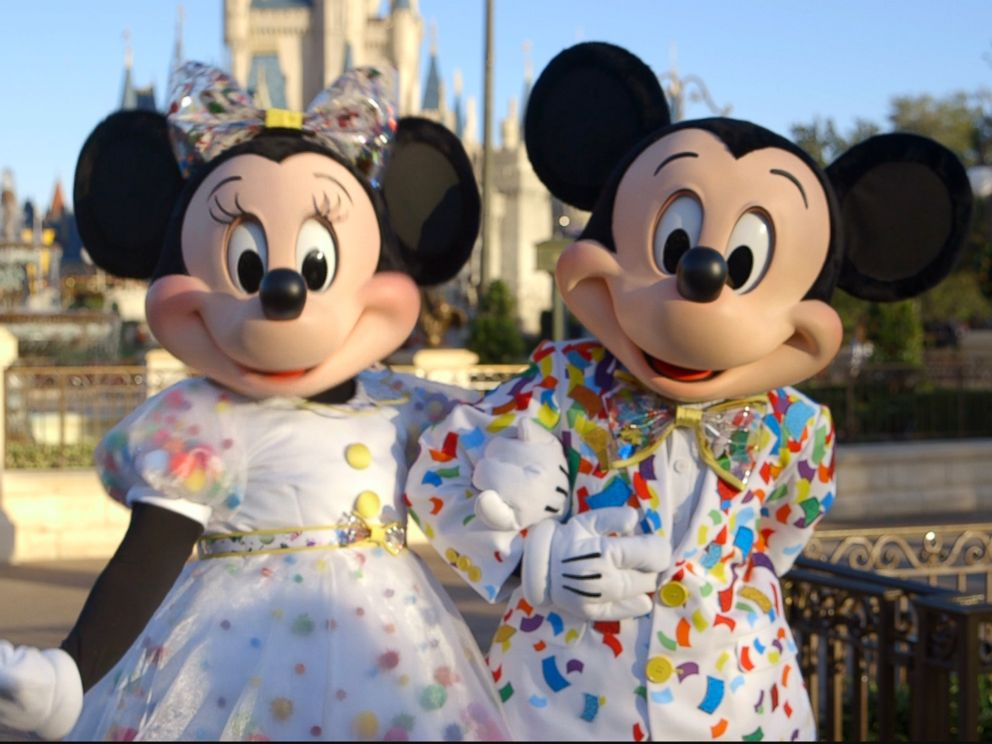 PHOTO: Mickey and Minnie Mouse will be sporting new outfits at Walt Disney World in 2019.