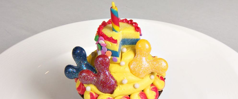 """PHOTO: """"Good Morning America"""" got an exclusive look at the cupcake for Mickeys 90th birthday celebration."""