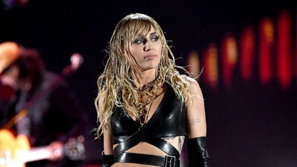 Miley Cyrus hospitalized, thanks her mother for helping her 'look a little bit better'