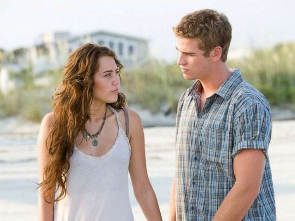 Miley Cyrus Celebrates 10 Year Anniversary with Liam Hemsworth With Sweet Tweet