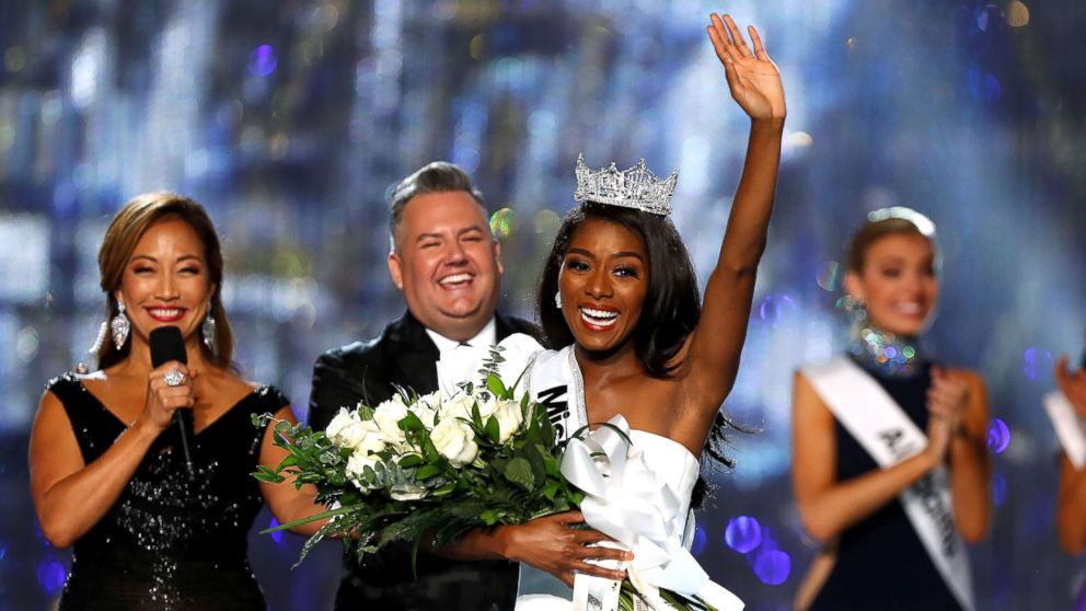 Miss New York Nia Franklin waves to the audience after winning the Miss America 2019 pageant in Atlantic City, N.J., Sept. 9, 2018.