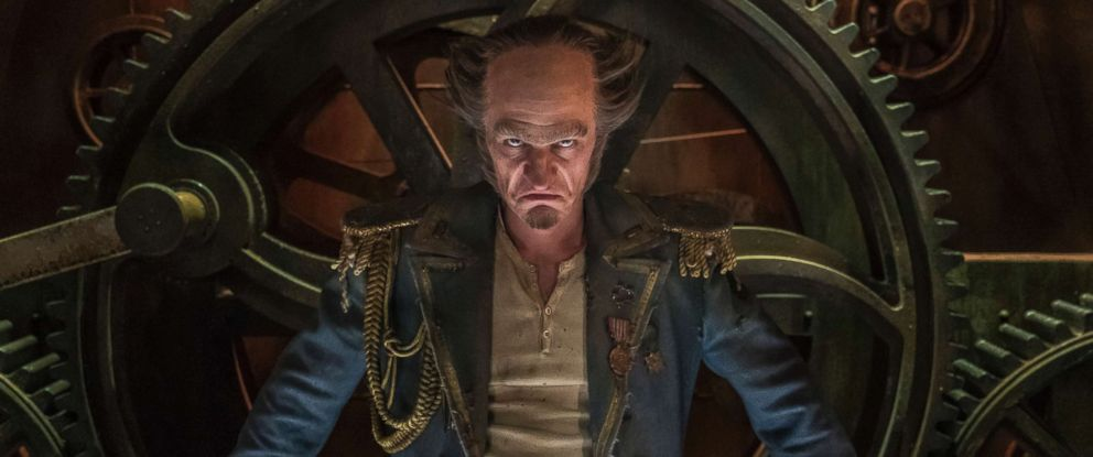 """PHOTO: Neil Patrick Harris portrays Count Olaf in the third season of the Netflix program, """"A Series of Unfortunate Events."""""""