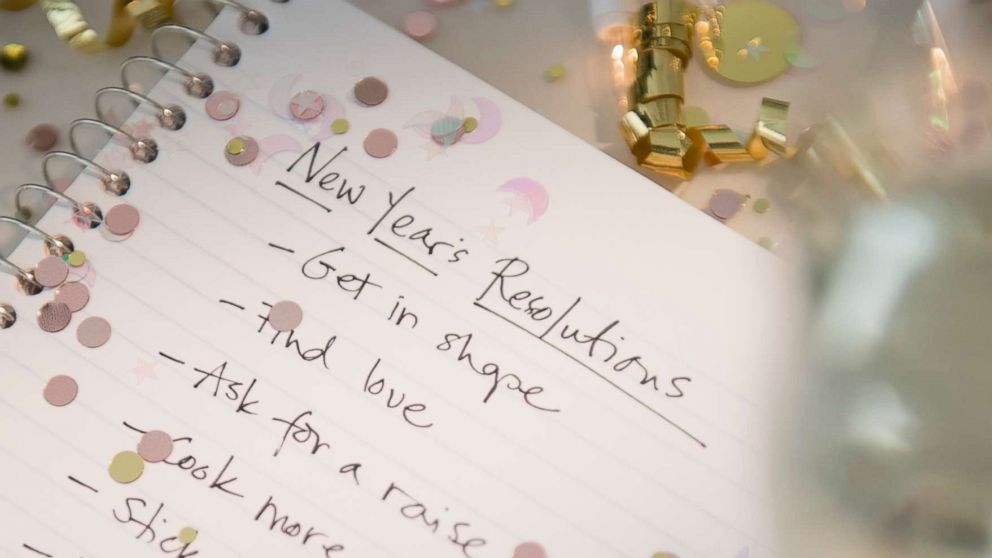 Expert tips to stay on track with your New Year's resolutions | GMA