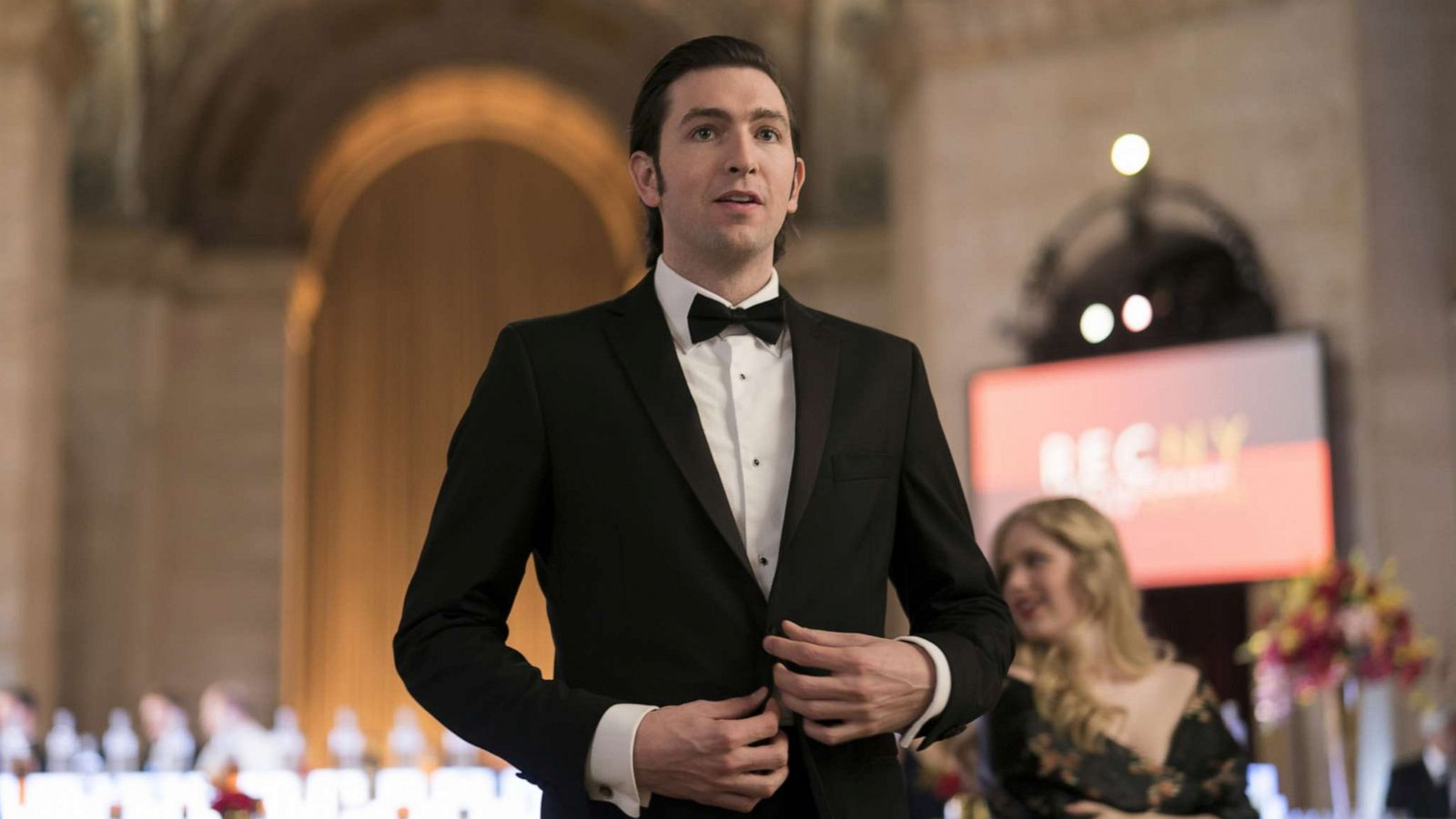 Succession Star Nicholas Braun I Ve Lost A Lot Of Roles Because Of My Height Gma